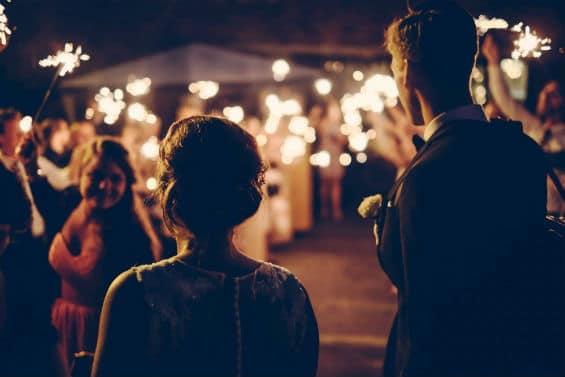 Mariage féérique : misez sur des animations lumineuses