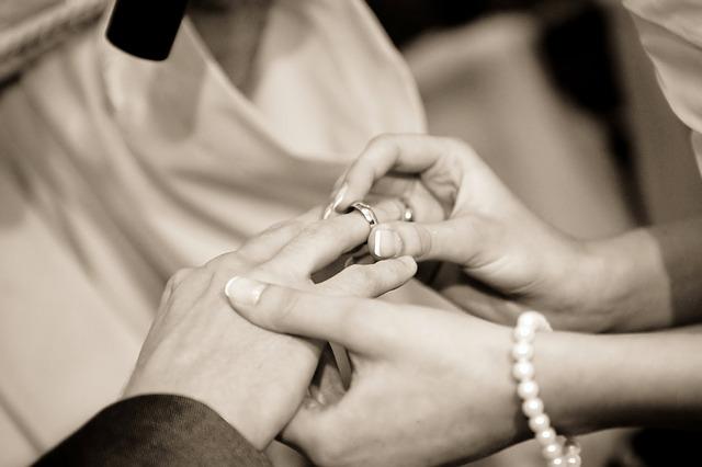se marier en très petit comité